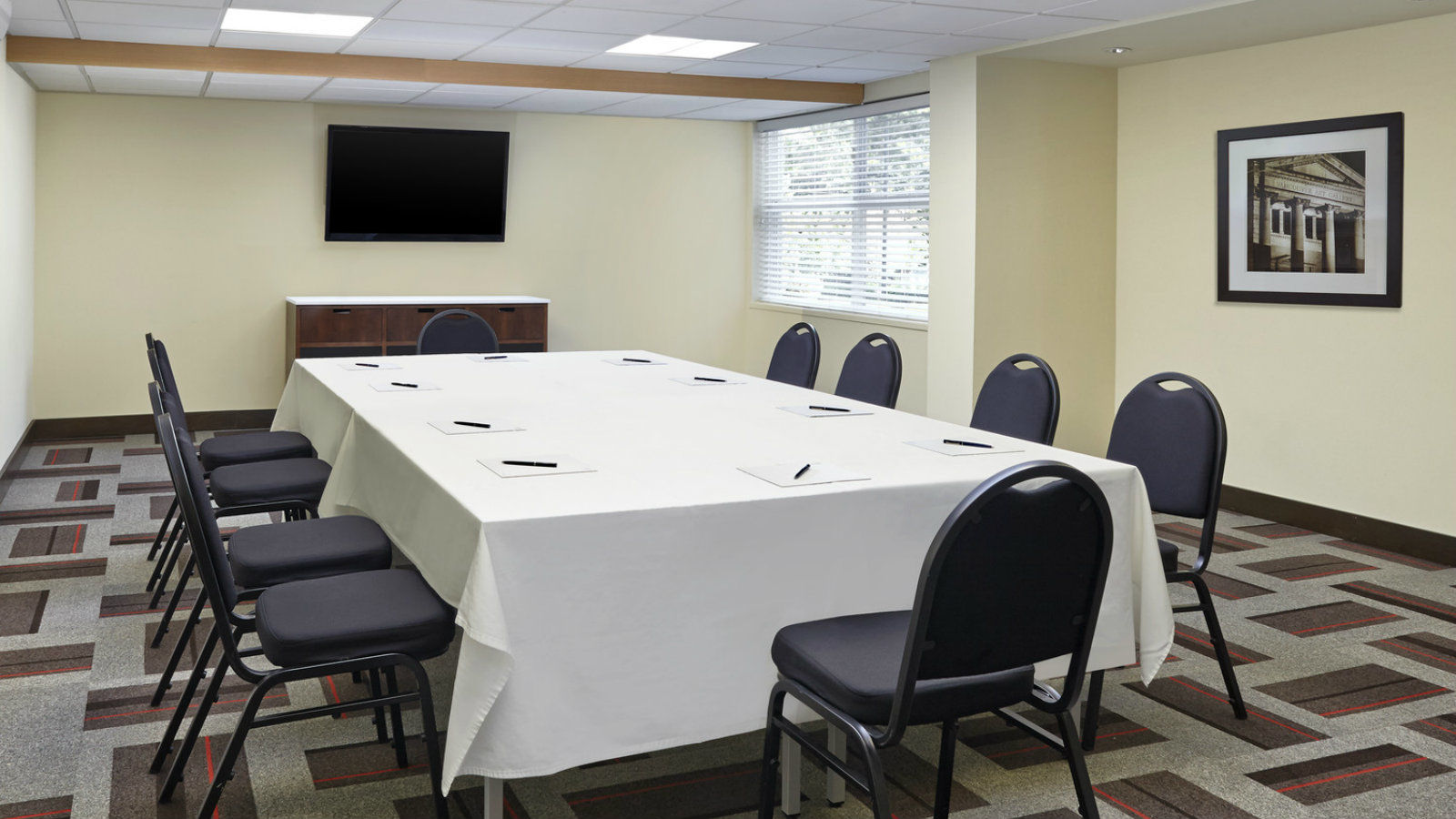 Meeting Rooms Surrey - Corporate Day Meeting Package